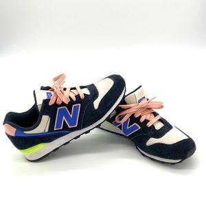 NWOT! Retro New balance Womens Size 6.5 Running